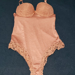 Other - Tan size medium body shaper with lace accents